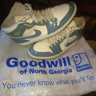 Atlanta is the city   Today's only scoop at the #thrift #2003 #jordan 1 Carolina blue/white patent leather. #nike #thrifted #thrifting #thriftshop #thriftstore #thriftjunkie #ithrift #goodwill #goodwillfinds