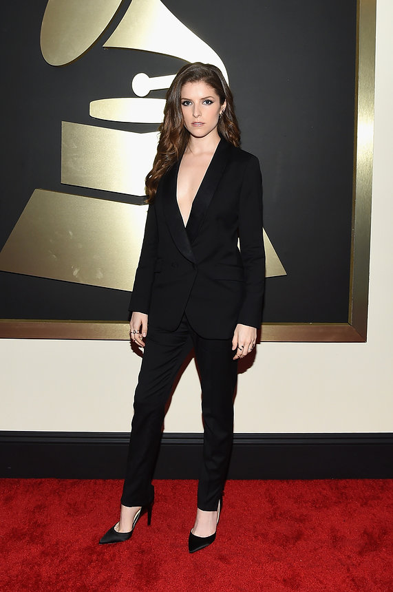 anna-kendrick-grammy-2015-red-carpet