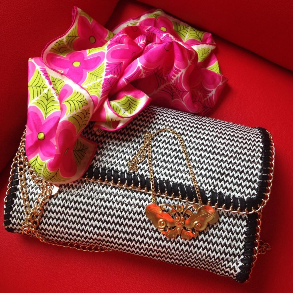 goodwill envelope purse