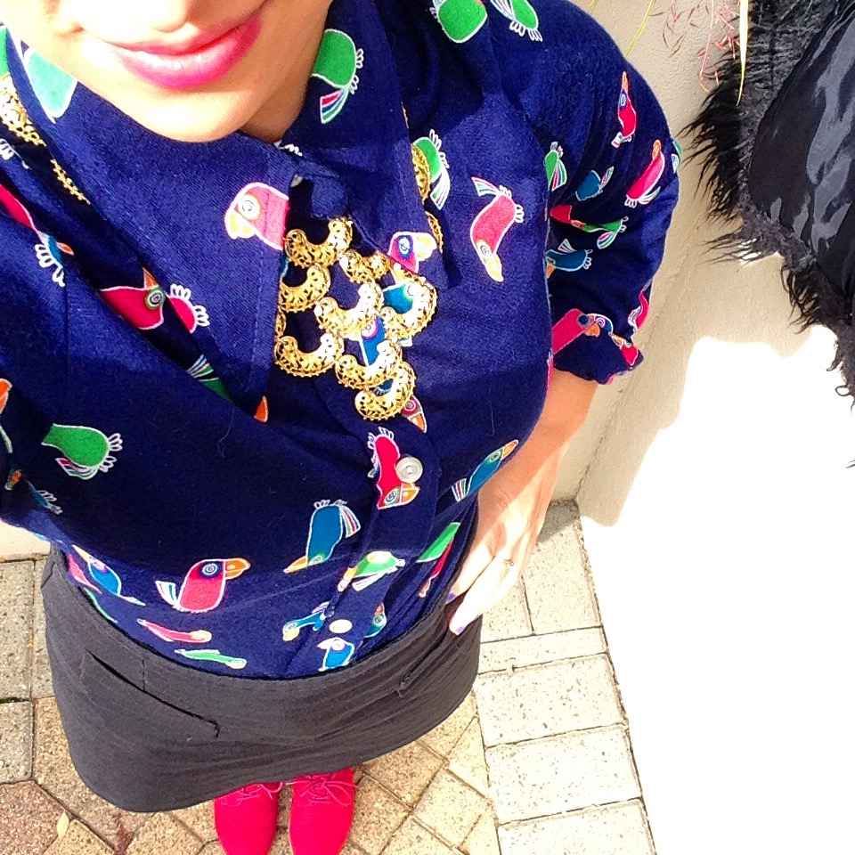 It was bright out, but here you go. I even wore a pair of pink oxfords to match my printed shirt!