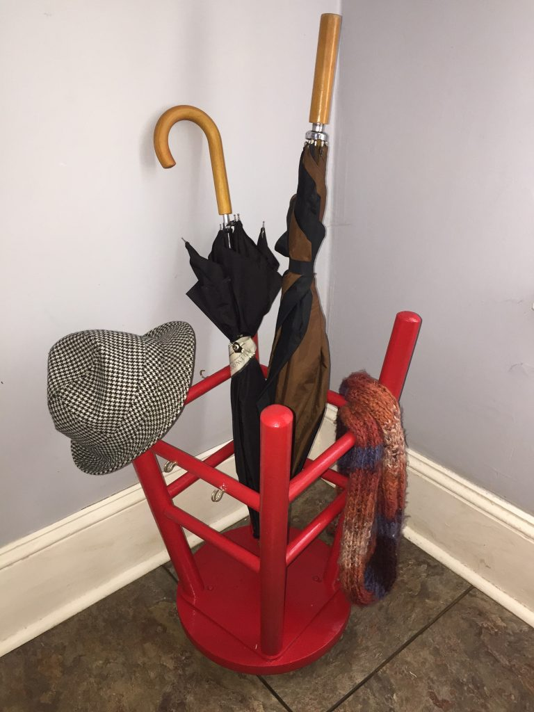 Goodwill blog stool upcycle umbrella stand