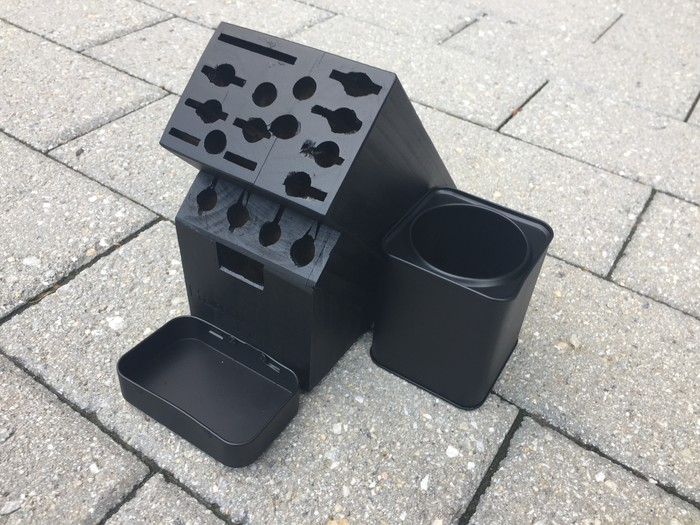 Tim's knife block painted with black chalkboard paint