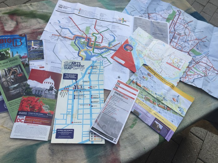 Maps and brochures of DC