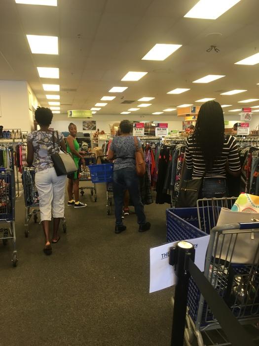 Meetup shoppers at Waldorf Goodwill