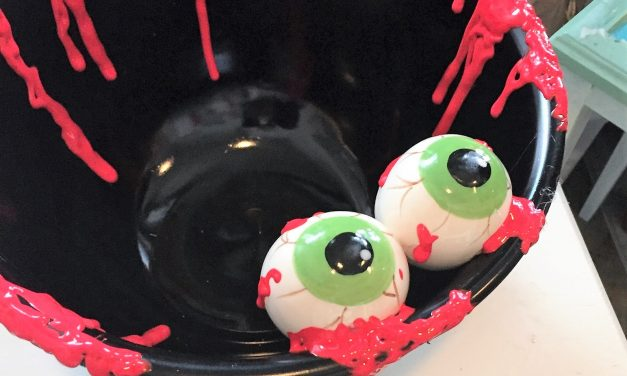 Delight Trick-or-Treaters with a Eyeball Bowl!