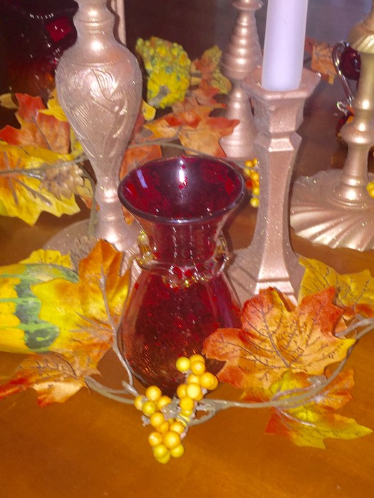 Added items to autumn tablescape
