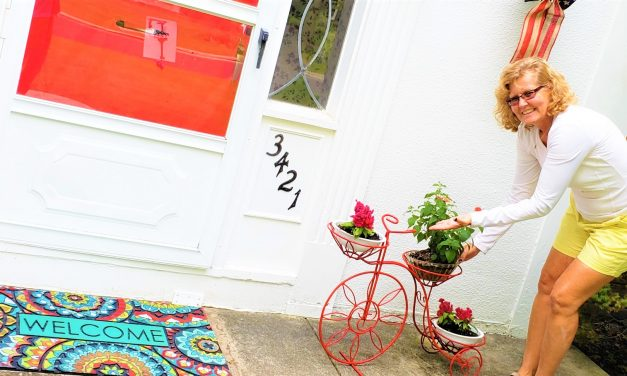 Open the Door to a New Season: 5 Steps to a Friendly Front Entry