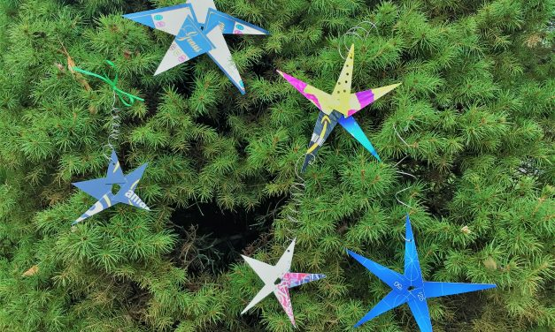 Easy 8-Step Playing Card Star Ornaments