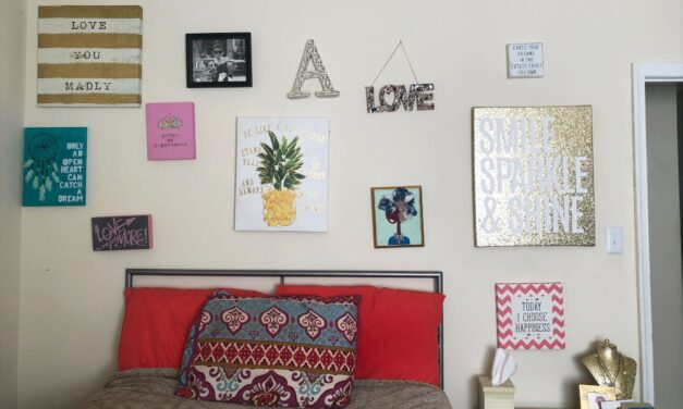 My Thrifted Home: Positive Vibes Wall